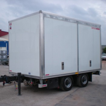 TANDEM-AXLES TRAILERS