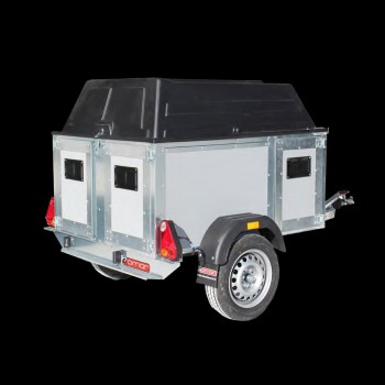 Live animal transport trailer